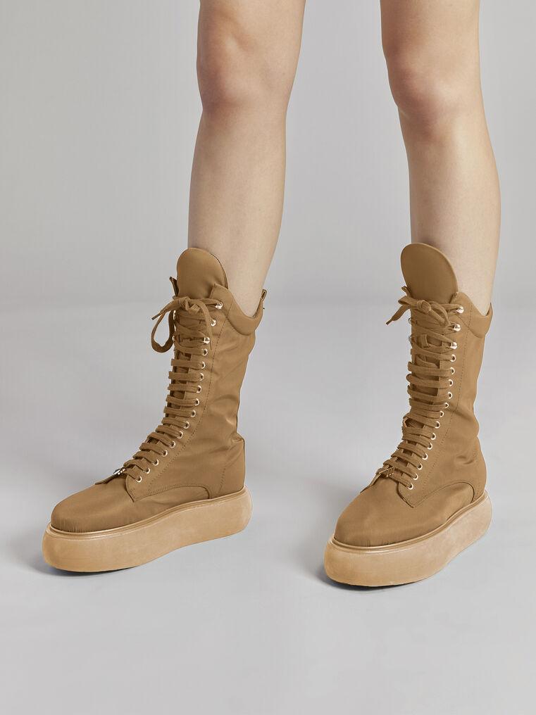 "THE ATTICO ""Selene"" camel boots flatform 1"