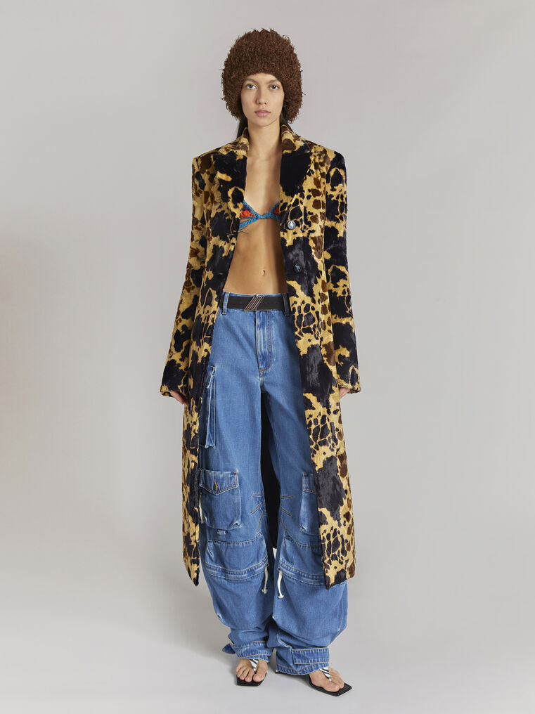"""THE ATTICO """"Milla"""" cow printed fitted coat 1"""