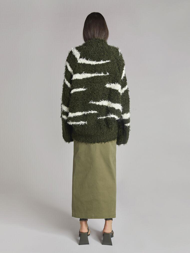 "THE ATTICO ""Vicen"" white and military green sweater 3"
